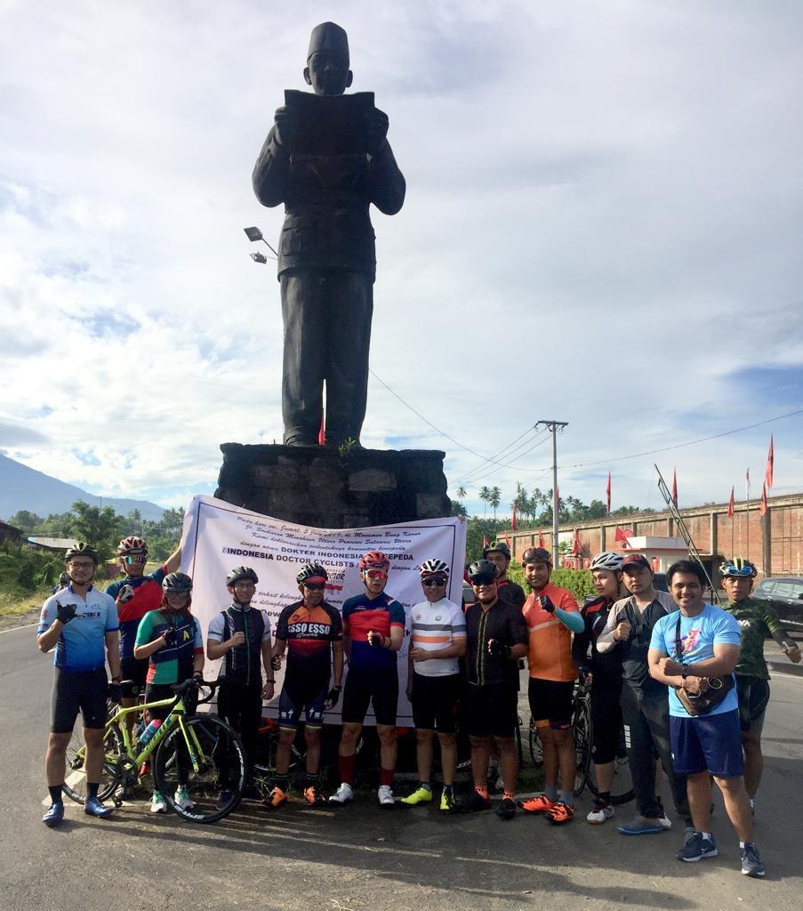 Dokter Indonesia Bersepeda Deklarasi di Manado
